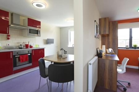 Premier Luxe Studio, Tallis Court
