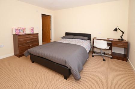 39 (4 bedroom) Hassells Bridge