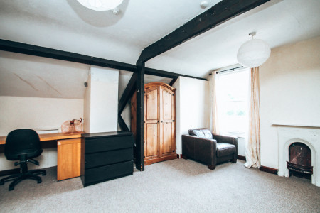 Flass House Flat 2, Waddington Street