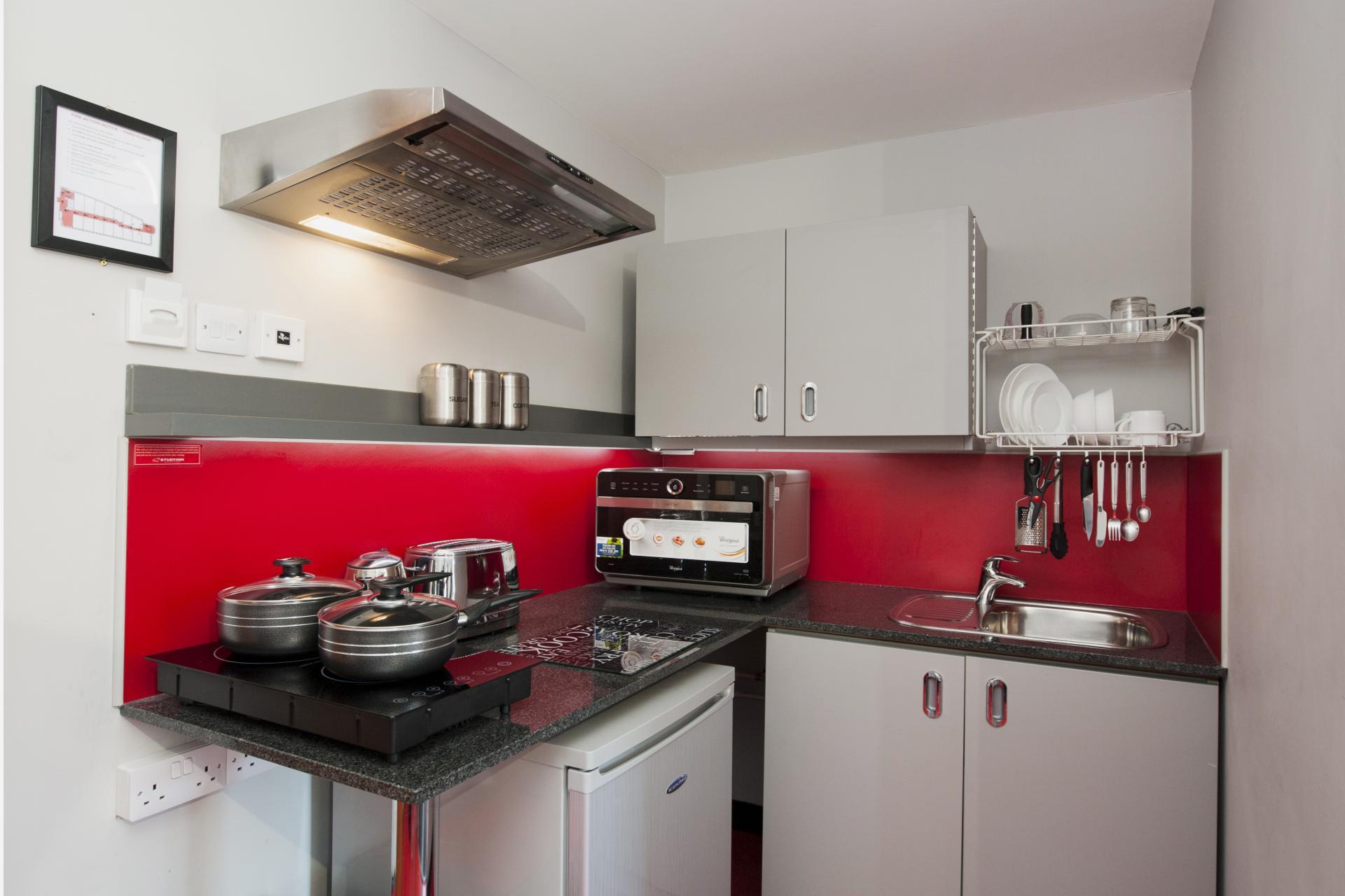 Deluxe Plus Kitchen