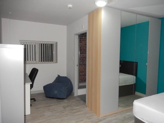 6 bed student accommodation in durham north road sturents. Black Bedroom Furniture Sets. Home Design Ideas