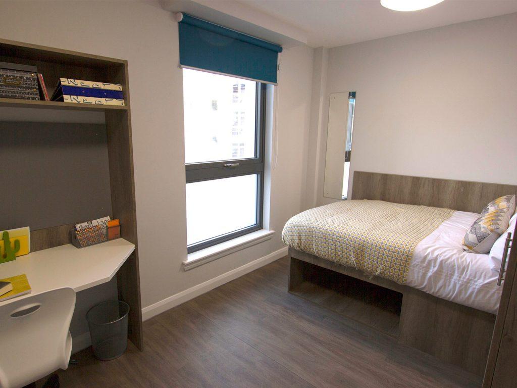 studio student accommodation in edinburgh premier studio. Black Bedroom Furniture Sets. Home Design Ideas